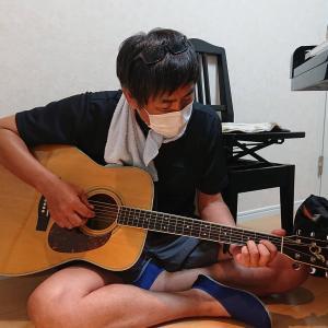 大人のレッスン 『くぼやん』告知なしにギター持参!(笑)