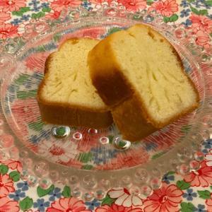 パン屋さんの美味しいレモンケーキ