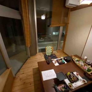 和食会席と寒い大浴場