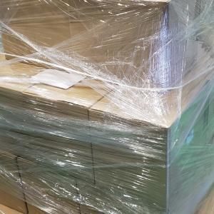ダンボール梱包の湿気対策 (ストレッチフィルムと乾燥剤)