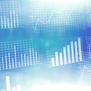 ヤフーとLINEが経営統合で、ヤフー経済圏銘柄は上昇、楽天経済研銘柄は下落しています...