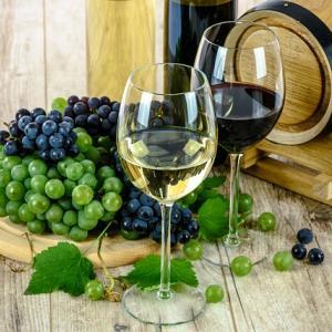 米国vs欧州(EU)、ワインやチーズに追加関税...