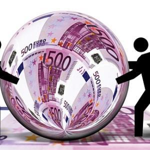 ECBは、今年と来年の成長およびインフレ予想を引き上げ。。。