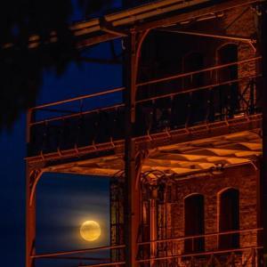 赤レンガ倉庫とピンクムーン【番外編】ついでに工場夜景の寄り道も