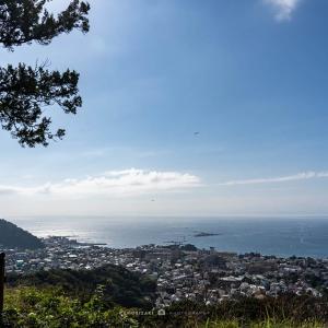 山の上から1年後【仙元山】葉山の街と湘南の展望を楽しむ
