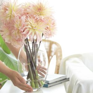 ガラスの花器の水替え、朝の習慣にしよう!