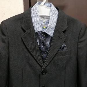 【卒園式】子供のフォーマルスーツを購入。ウエストのゆるさはダイソーのゴムベルトで解決!