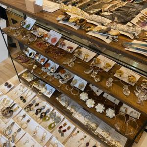 【NEW.RESTOCK】Tiara 人気のイヤカフがいっぱいです