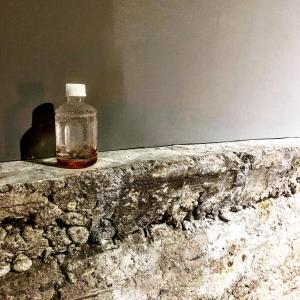 ガラスのペットボトル 臼井良平展@無人島プロジェクト