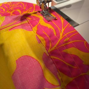 久しぶりにお裁縫!パウスカートに心も針も折れる…。