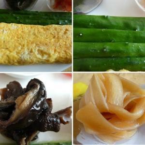 男の料理~我が家の昼ご飯は、太巻き寿司~