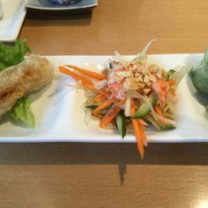 ランチはベトナム料理