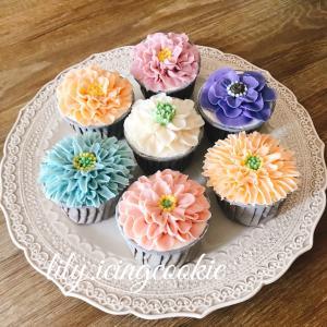 【募集】ALA餡クリームフラワーカップケーキ