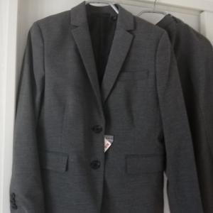 ユニクロでセミオーダースーツを買いました