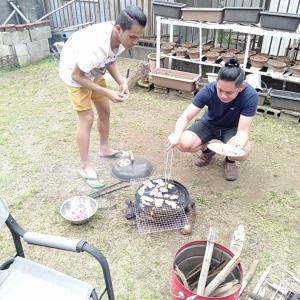 フィリピン人とBBQ。