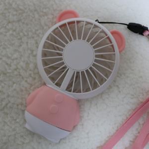可愛い♥USB充電式の光るおすすめハンディファン(携帯手持ち扇風機)首掛けも卓上もOK♥