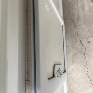カセットトイレ扉からの雨漏れをDIY修理
