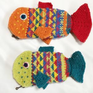 お魚ポーチを編みました