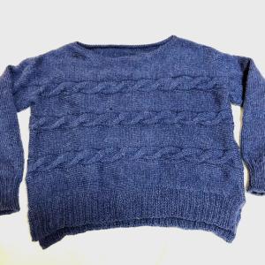 横編みのセーター完成