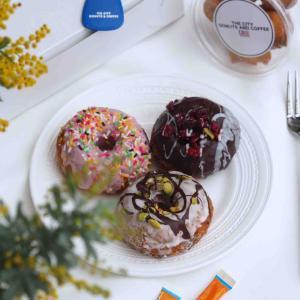 神戸異人館エリアに本場アメリカの雰囲気を醸し出すドーナツショップがオープンし話題に!