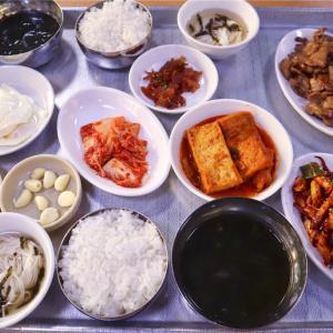 【弘大】韓国らしい定食を食べるなら@감나무집기사식당/カムナムチッ運転手食堂