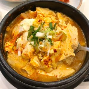 【永登浦】作り立ての純豆腐を使ったこだわりスンドゥブチゲ@숨쉬는순두부/スムスィヌンスンドゥブ