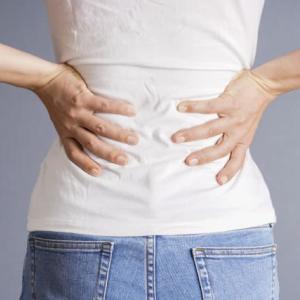 腰痛の原因とPMS