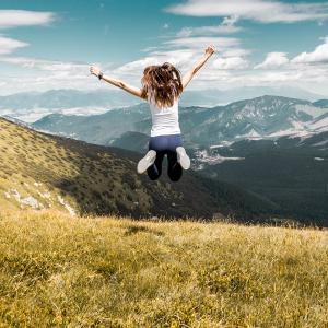 大変な人生を送りたいですか?それとも楽しい人生を送りたいですか?好きな方を選べます!
