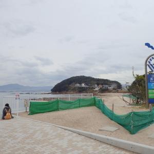江津良の浜も防砂ネットが