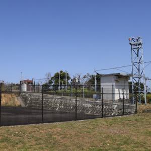 平草原公園の頂上付近に設置された重要な施設