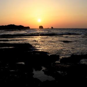 塔島に沈む夕日