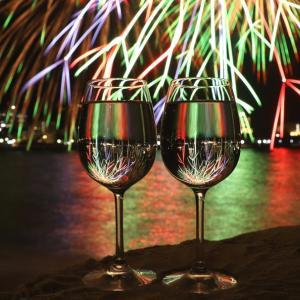 再び 『 ワイングラスに浮かぶメツセージ花火 』