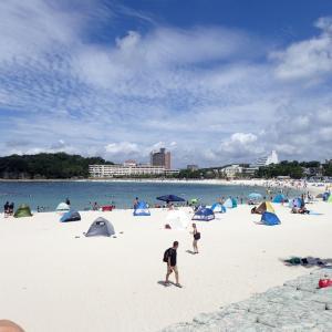 今年初めての海水浴 ( 白良浜海水浴場 )