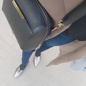 【靴下+パンプスに合靴下の色は?】足を冷やさないおしゃれソックスコーデ♪