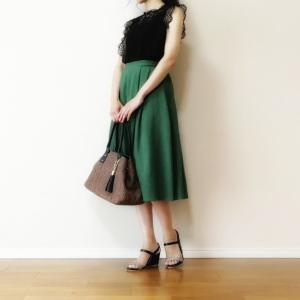 30代ママのレーストップスコーディネート☆上品に着るコツはシンプルインナーとカジュアルボトムス。