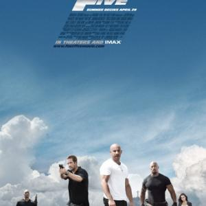 「ワイルド・スピード MEGA MAX」カーアクション満載で人気のシリーズ第5弾!ブラジルで麻薬組織の金庫を強奪せよ!!カーアクションがスゲーよ。マジで【感想】