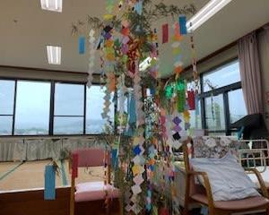 願いかかないますように・・・創作活動「七夕飾り」を行いました!