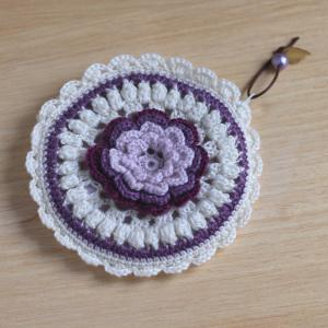 手芸ナカムラのかぎ針ポーチキットを編みました