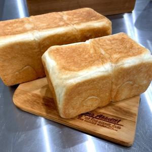 食パン専門店みたいな食パン他3種の食パンレッスンしております^ ^