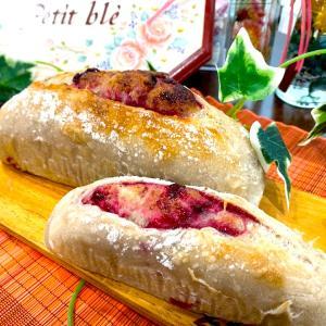 ブラックベリー酵母のパン三種を焼きました^ ^