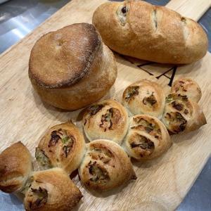 2種の発酵で3種のハードパン作り^ ^