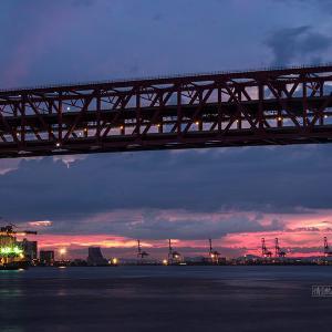 大阪港の夕暮れ