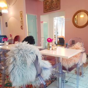 【カフェ】マリー・アントワネットの世界観のカフェ
