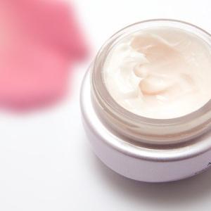 肌の赤みが手持ちの化粧品だけで改善!敏感乾燥肌の奮闘記
