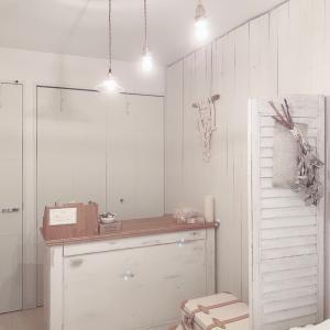 DIY*クローゼットの扉とドアをペイント