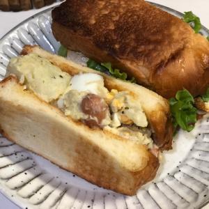 ポテサラのサンドイッチ。