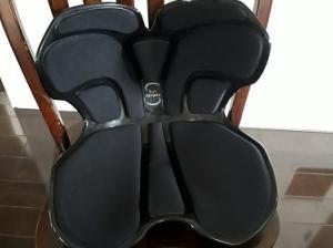腰痛対策にスタイルアスリート購入!これは座椅子界のレカロシートかもしれない