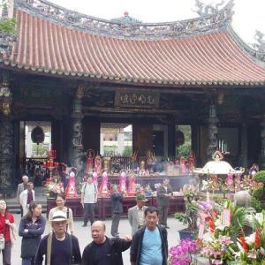 美食(あったはず、写真ナシ)カミサンポあり:初めての台北、「千と千尋の神隠し」のイメージの舞台も訪問