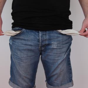 「お金がない人の特徴」をまとめてみた。