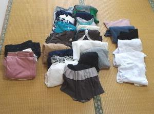 毎月服を捨てる